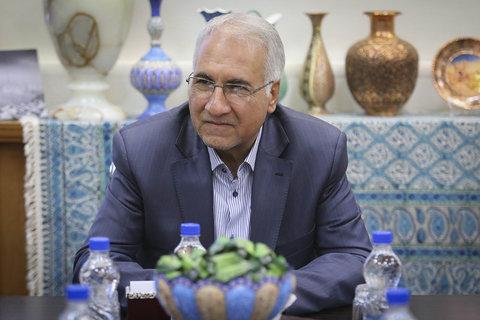 دیدار سهراب مرادی، قهرمان اصفهانی وزنهبرداری جهان و المپیک با شهردار اصفهان