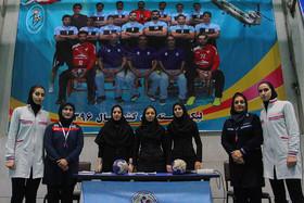 شهرداری شاهینشهر ۳۰ - هیأت هندبال اصفهان ۳۲