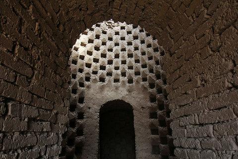 احضار مالکان برج تاریخی صفا به دادگاه شهرستان نجف آباد