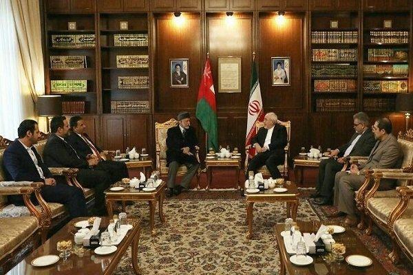 دیدار وزیر خارجه عمان با ظریف با محوریت اوضاع منطقه و بحران یمن