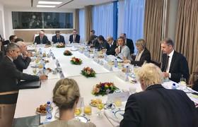 ظریف و طرف های اروپایی اجرای برجام را بررسی کردند