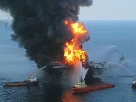 عملیات نجات دریانوردان کشتی سانچی ادامه مییابد