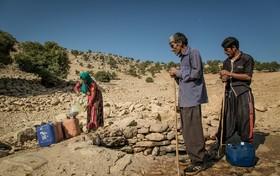 قانون توزیع عادلانه آب زیر پای وزارت نیرو/ بی عدالتی کشاورزان را ناامید کرده است