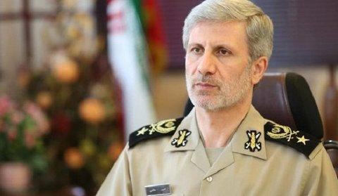 حاتمی: آمریکا و اسرائیل دنبال فرصتی برای اعمال نفوذ خود هستند