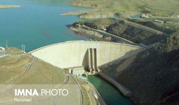 ذخیره سد زایندهرود به ۱۳۱ میلیون مترمکعب رسید