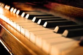 رسیتال پیانو کلاسیک ایرانی در هنرسرای خورشید