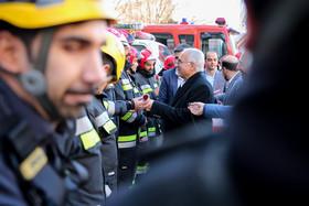 حضور شهردار اصفهان در جمع آتشنشانان