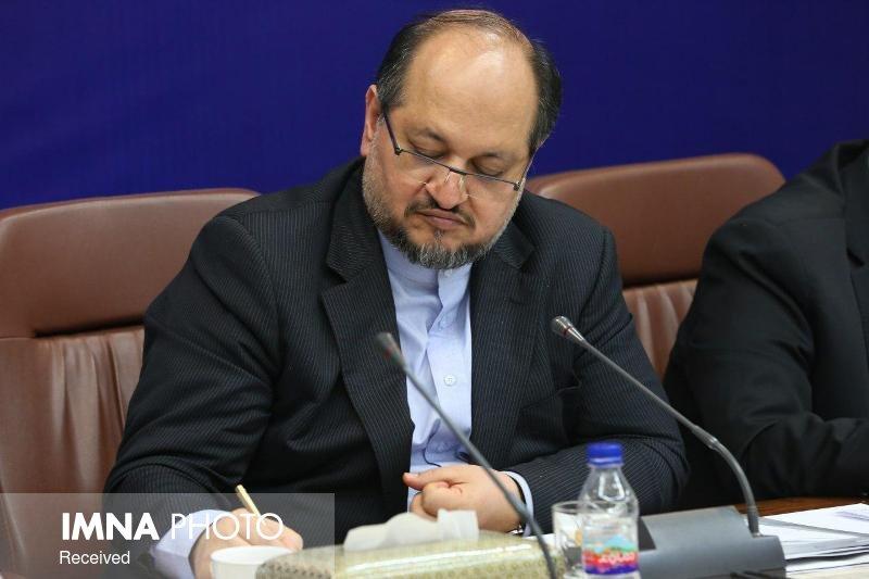 بخشنامه تعیین حداقل مزد کارگران در سال ۹۹ ابلاغ شد