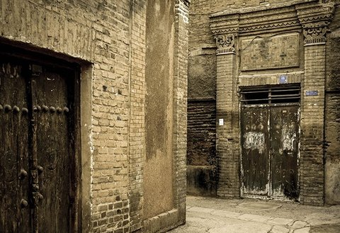 Urban renewal with redevelopment approach in Isfahan
