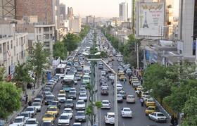 تمام مسیرها به سمت مرکز شهر شلوغ است