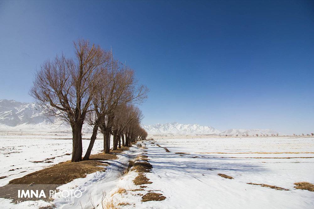 اندیشۀ نیک بر بلندای ماه بهمن