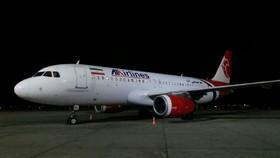 آسمان برفی، پروازهای پایتخت را روانه اصفهان کرد