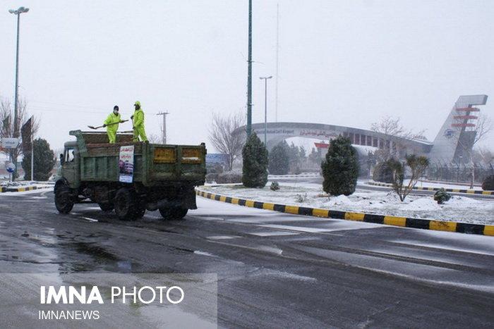 دپو ۲۰۰ تن ماسه و نمک در شهر ایلام در آستانه بارش برف