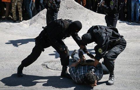 دستگیری گروگانگیران مسلح