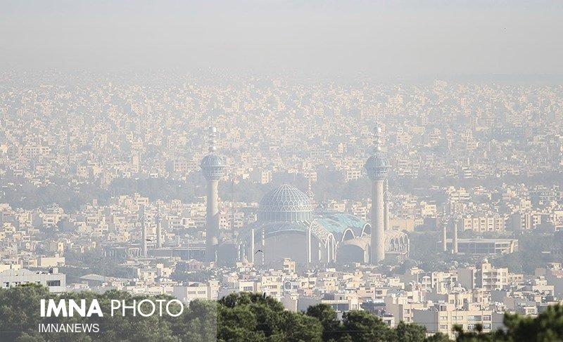 اصفهان نارنجی شد/۱۰ ایستگاه سنجش کیفی هوا در وضعیت ناسالم