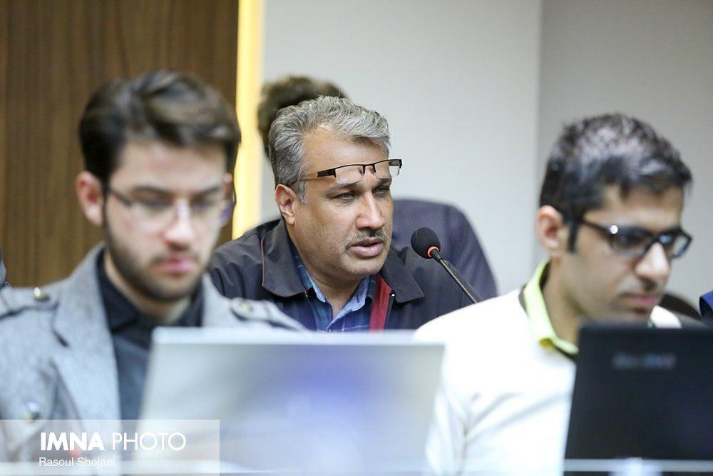 صادقیان: تمرکز آلاینده ها در اصفهان آزار دهنده است