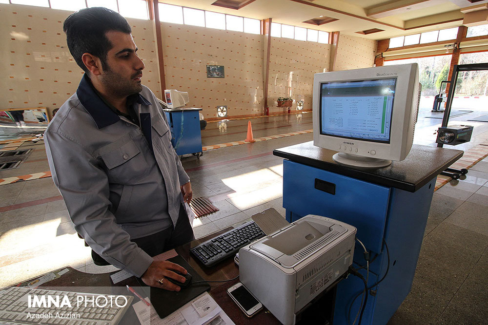 مرکز معاینه فنی خودروهای سنگین در روزهای تعطیل فعال است