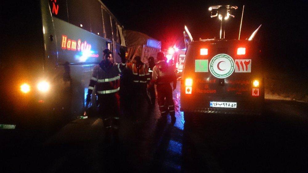 یک کشته در تصادف اتوبوس در ولنجک تهران