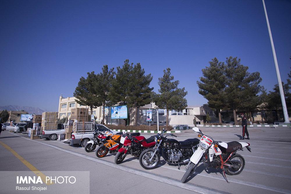 جریمه یک میلیاردی برای نگهداری موتورسیکلت قاچاق در اصفهان