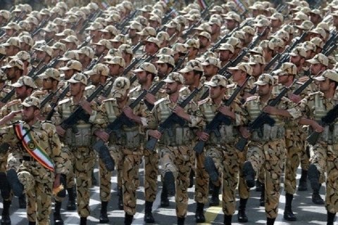تغییر رویکرد خدمت سربازی امری ضروری است