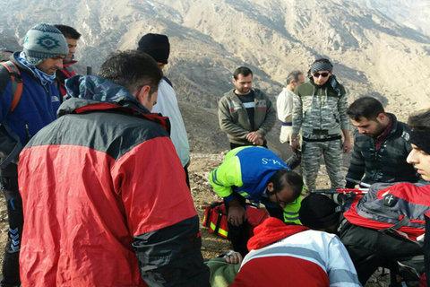 نجات کوهنوردان جوان از ارتفاعات دراک
