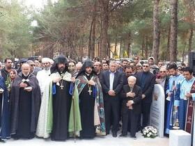 رونمایی از المان یادبود شهدای ارامنه اصفهان