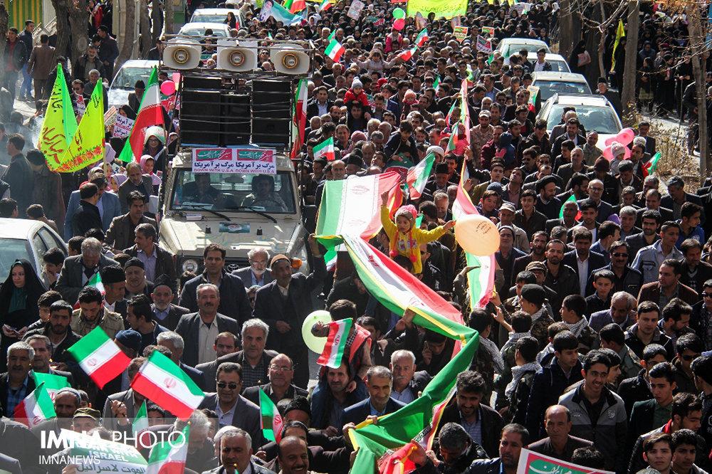 راهپیمایی ۲۲ بهمن تجدید میثاق ملت با آرمان های انقلاب است