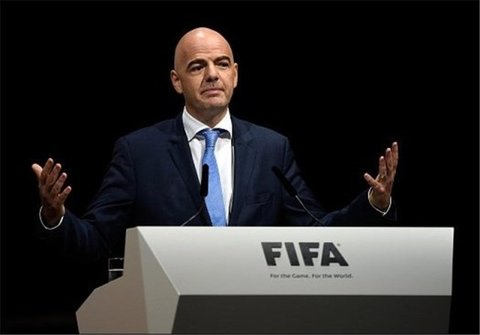 اینفانتینو: منتظر ماندن برای فوتبال بهتر از ریسک کردن است