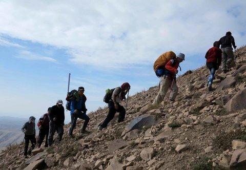نجات بانوی کوهنورد در رامشه اصفهان