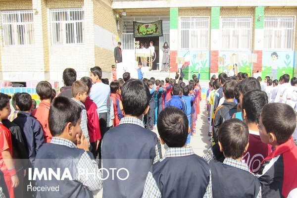 شناسایی ۴۸۰۰ دانشآموز بازمانده از تحصیل در استان/توزیع شیر تنها در مناطق محروم
