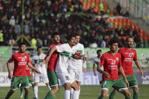 دیدار دو تیم ذوب آهن و لوکوموتیو ازبکستان