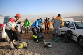 آمادهباش کوهنوردان اصفهانی برای انتقال زمینی اجساد هواپیمای آسمان