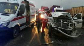 تصادف سواری تویوتا با خاور 4 مجروح برجای گذاشت