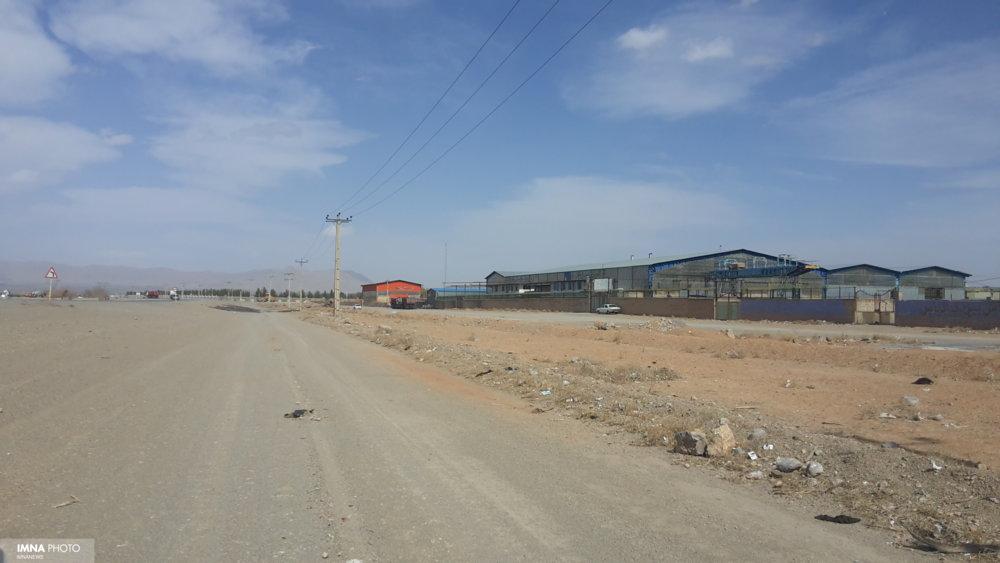 بهره برداری از فاز توسعه ۷۰ هکتاری شهرکصنعتی مورچهخورت