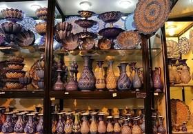 نمایشگاه صنایع دستی در باغ چهلستون