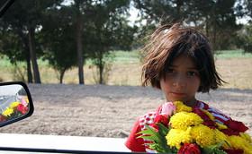 گسترش فقر، فروش کودکان دختر را مسری میکند