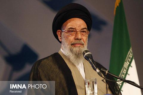 توضیحات دفتر امام جمعه اصفهان در مورد اظهارات طباطبایینژاد پیرامون حجاب