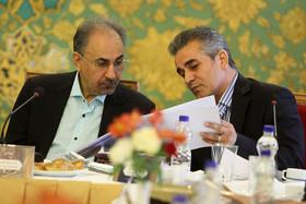 """اخبار ضد و نقیض درباره """"استعفای نجفی"""""""