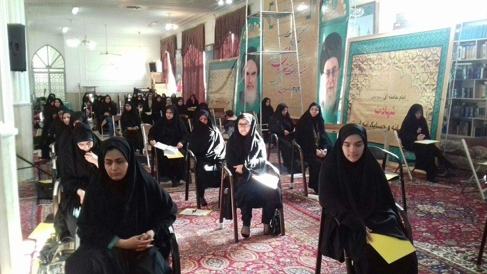 رقابت ۲۶۱ نفر در آزمون سراسری حفظ و مفاهیم قرآنی در گلپایگان
