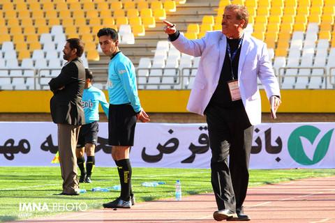 سپاهان 1 - کسترش تبریز 0
