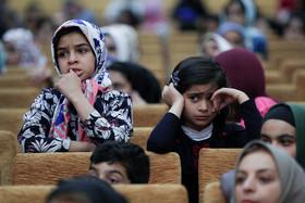 جشن تحصیلی کودکان بی سرپرست