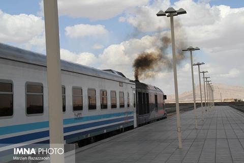 قطار مسافری سانحه دیده رشت به مقصد مشهد حرکت کرد
