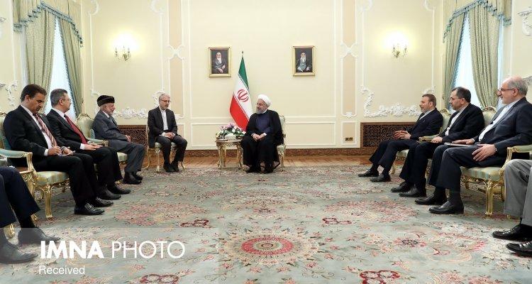 ایران و عمان مسئولیت سنگینی در قبال مسایل منطقه به دوش دارند