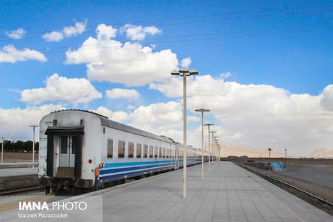 اعلام آمادگی شرکت راهآهن برای انتقال خسارتدیدگان سیل شیراز