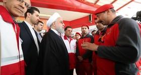 بازدید سرزده  روحانی از ایستگاه سلامت اورژانس در بزرگراه تهران- کرج