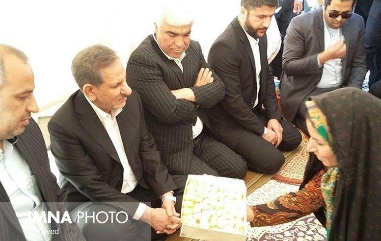 اختصاص ۲۰۰ میلیون دلار برای بازسازی مناطق زلزله زده کرمان و کرمانشاه