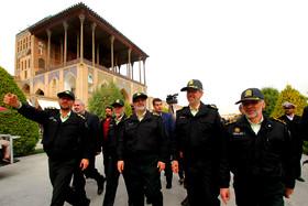سفر سردار اشتری به اصفهان