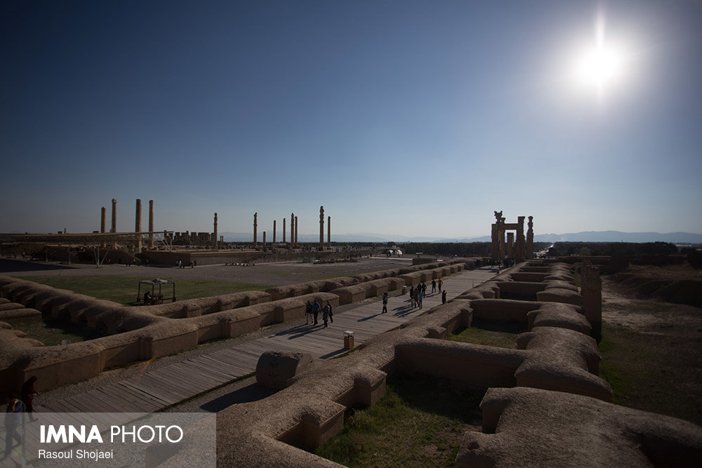 Ruins of majestic historical gateway unearthed near Persepolis