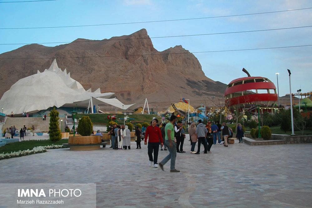 """برگزاری جشنواره نوروزی در""""شهررویاها"""""""