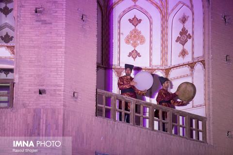 ویدئو مپینگ در پل خواجو